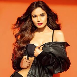 ashwini aher black bra panty sexy