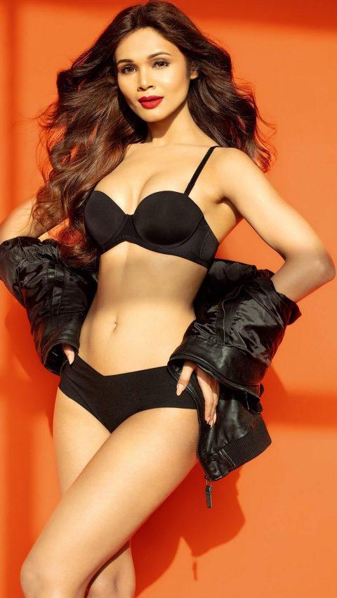 ashwini aher lingerie black bra panties
